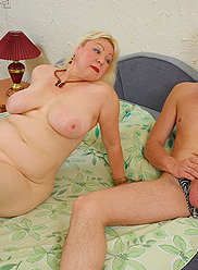 Plump mature hoochie goes for a long hard ride on her sonny's meat