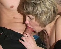 Two sons wake up their sexy mother to enjoy her cunt