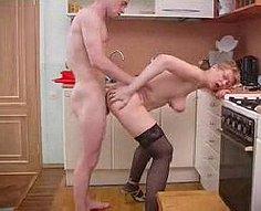 Mère et fils trouvent une passion inattendue dans la cuisine