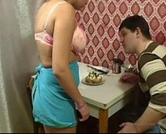 Shameless mature ho with terrific jugs makes her sonny bang her in kitchen