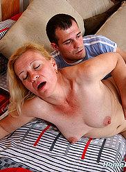 HOME INCEST ORGIES - Photos pornos d'inceste # 3