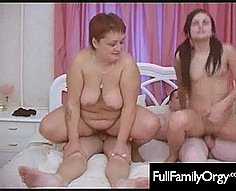 Full Orgy famille - Inceste galerie de vidéos # 6
