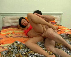 Horny teen fille en action