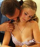 Partie 2. Mignonne jeune fille baise  nouveau par le pre