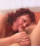 Granny Fat montre son fils adolescent corne ce sexe rel