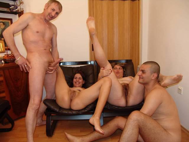 A great orgy of four hot sluts 4