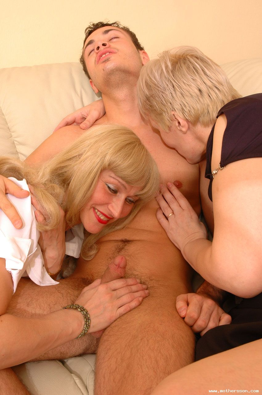 gallery pics mother son mature